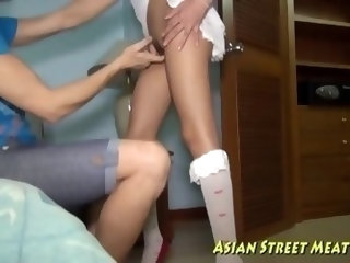 Nutting on asian girls