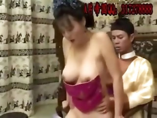My cute asian girlfriend loves to suck and bounce on my dick